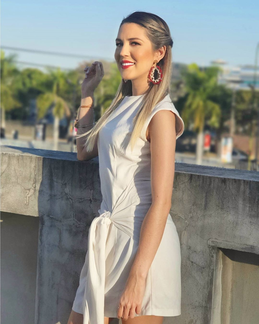 white colour dress with dress, instagram photoshoot, Cute Model Instagram
