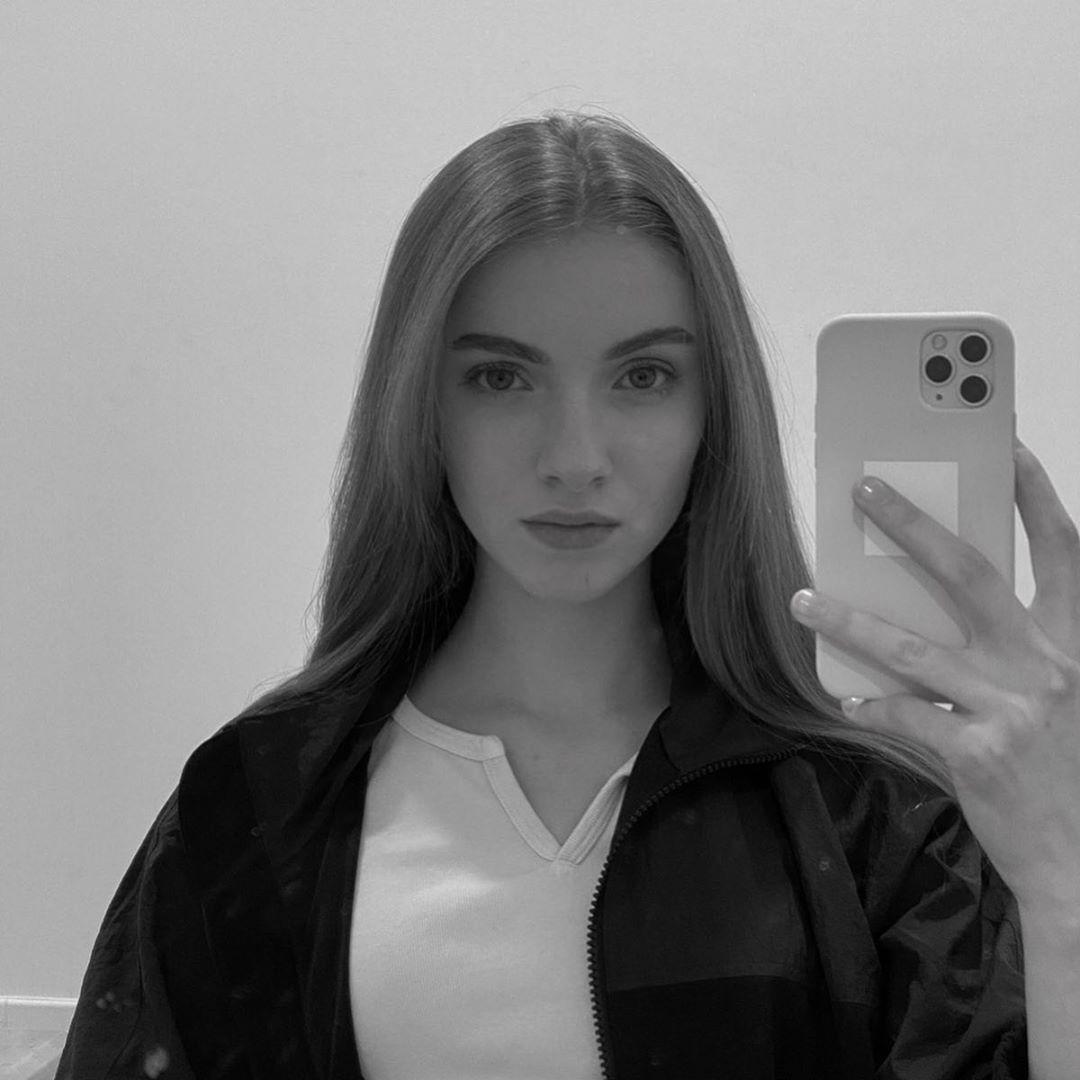 Lauren Orlando photography ideas, Cute Girls Face, Girls Lips