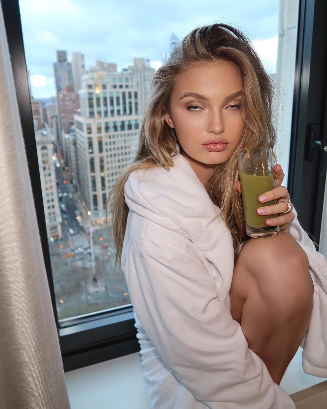 Romee Strijd beautiful girls pictures, blond hairstyle, Natural Lips