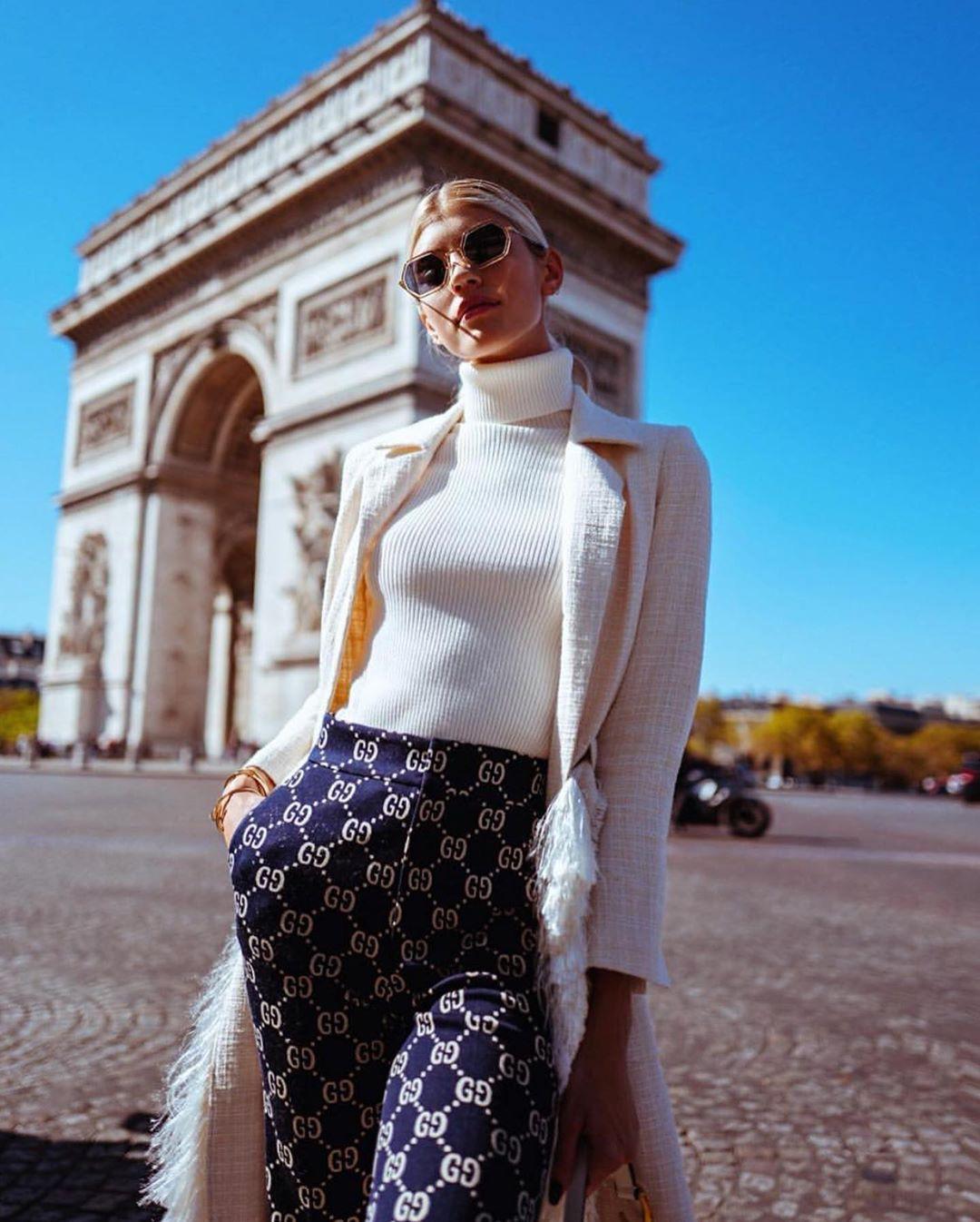 White and blue pencil skirt, model photography, eyewear