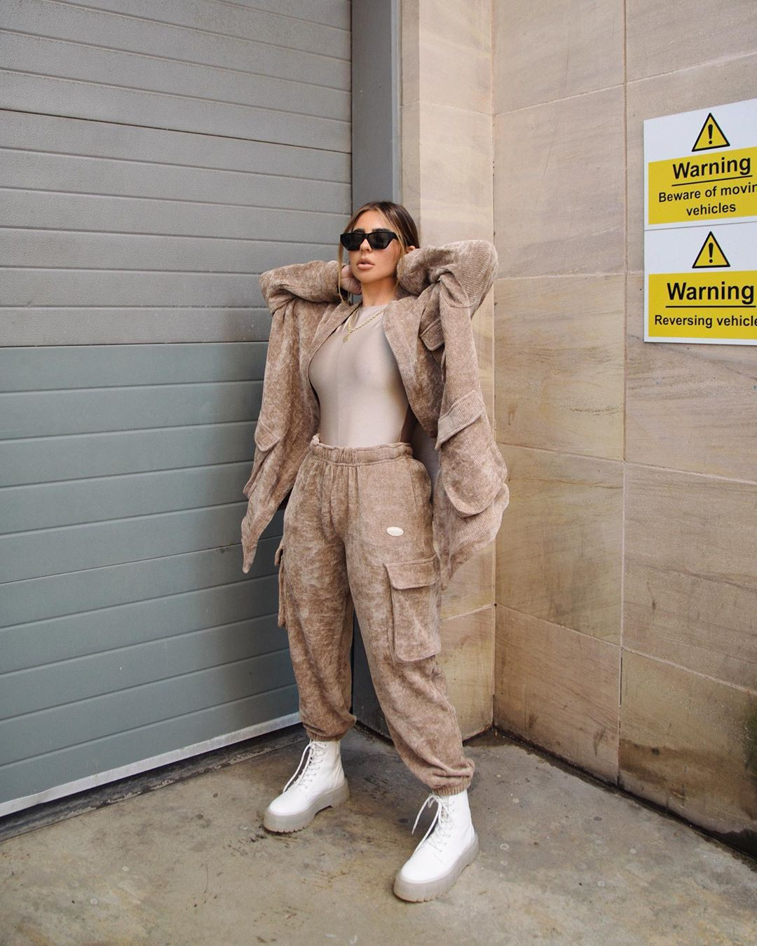 beige colour outfit ideas 2020 with trousers, jacket, shoe