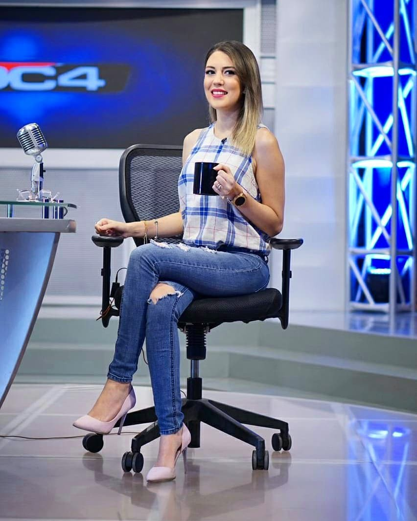 Alejandra Inestroza denim, jeans outfit ideas, girls instgram photography