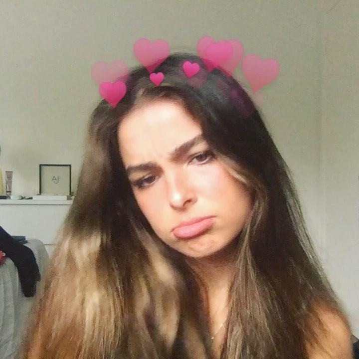Addison Rae Cute Girls Face, Lips Smile, Long Hair Girl