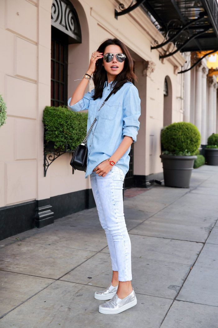 Casual outfits with jeans and sneakers