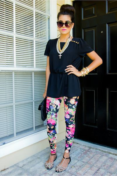 Colour outfit, you must try floral leggings outfits h&m leggings, street fashion