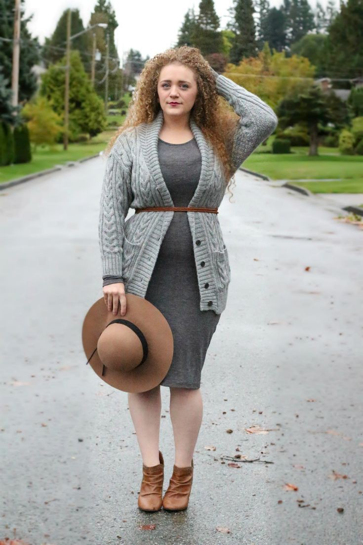 Beige and brown colour ideas with sweater, jeans