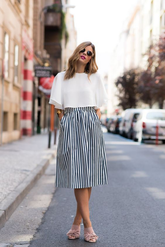 Colour outfit, you must try midi skirt outfit black and white, street fashion