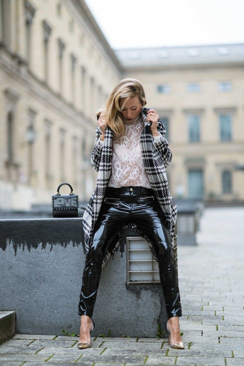 Black and white colour ideas with leather skirt, trousers, leggings