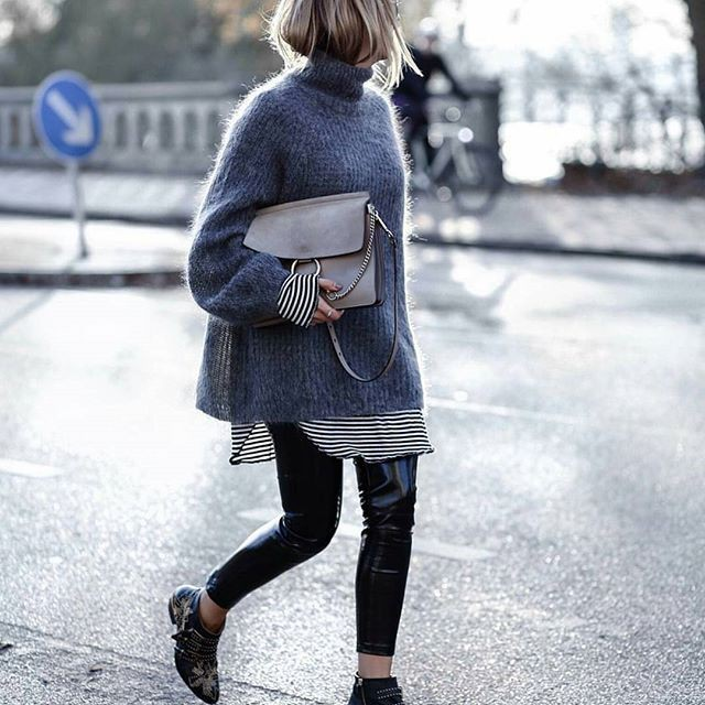 Outfit Pinterest with trousers, sweater, tights