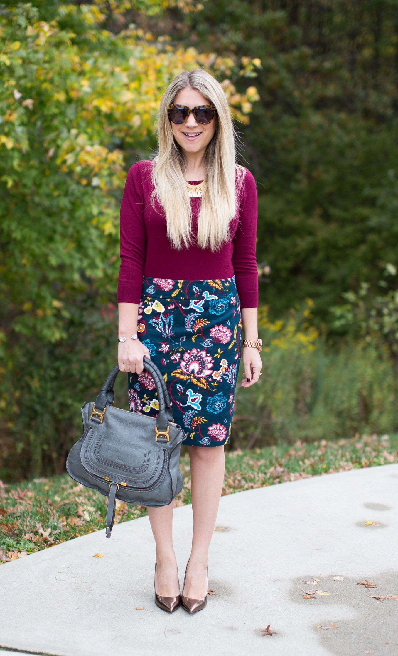 Magenta and purple colour outfit ideas 2020 with pencil skirt, shorts, jeans