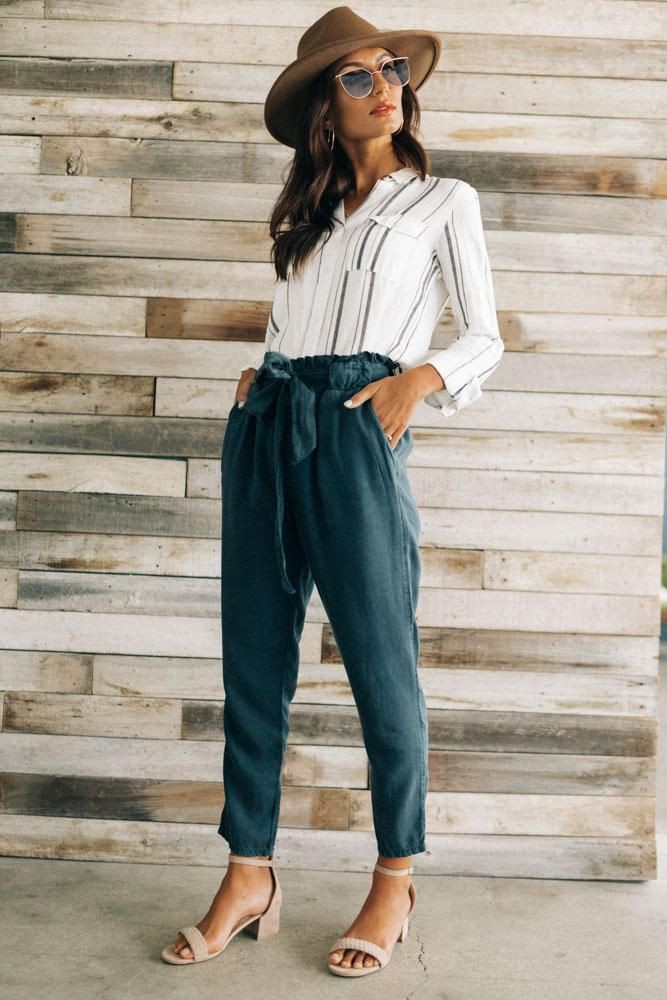 Business casual paper bag pants outfit