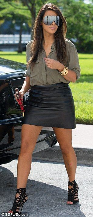 Colour outfit ideas 2020 with jean short, miniskirt