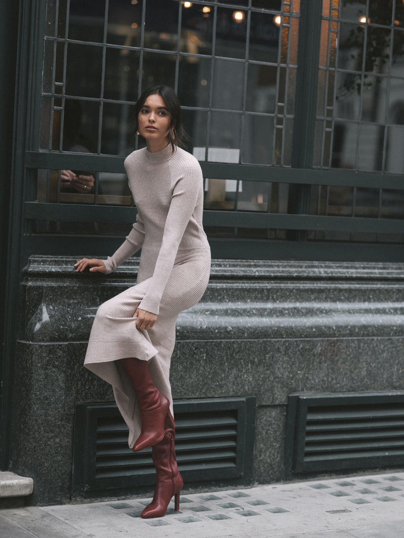 Jumper dress street style, street fashion, fashion model, polo neck, t shirt