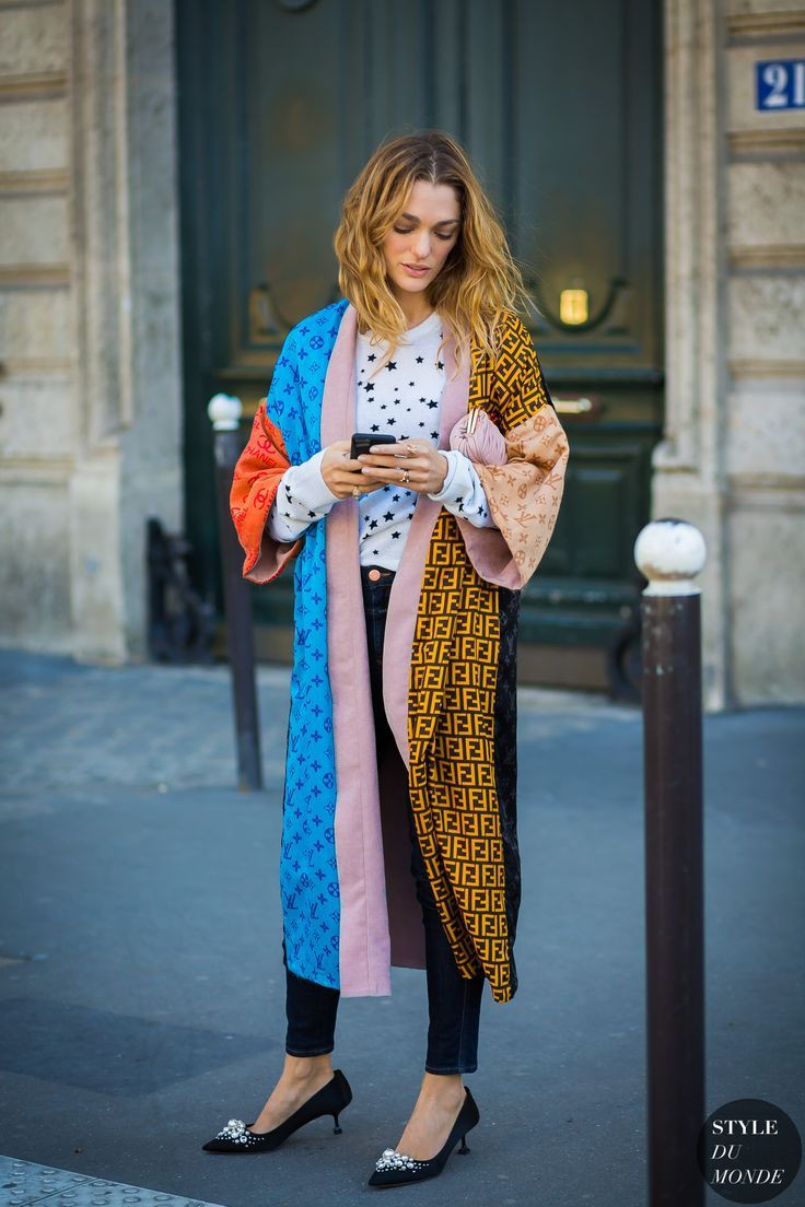 Electric blue and yellow dress, fashion tips, street fashion