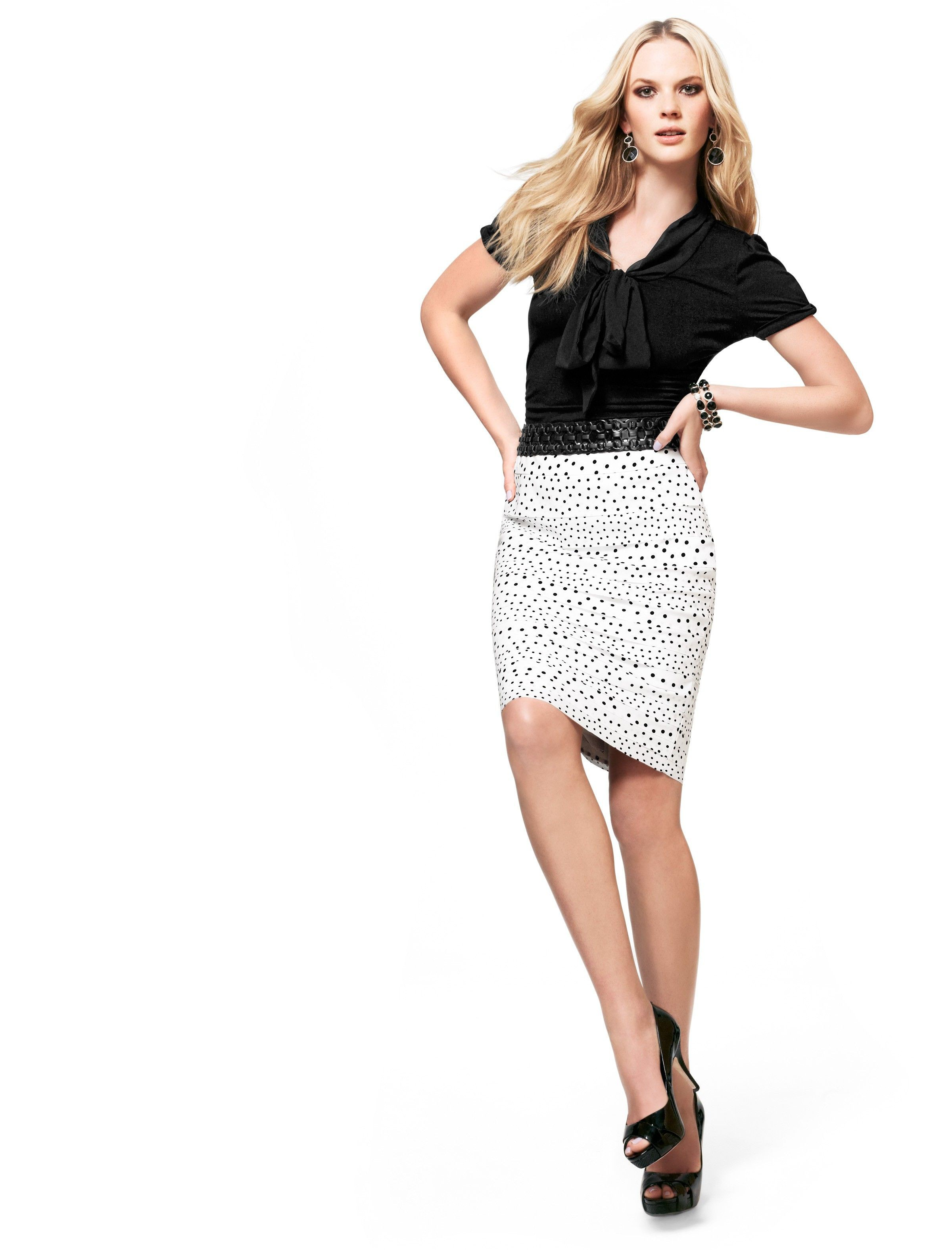 Black and white classy outfit with pencil skirt, miniskirt