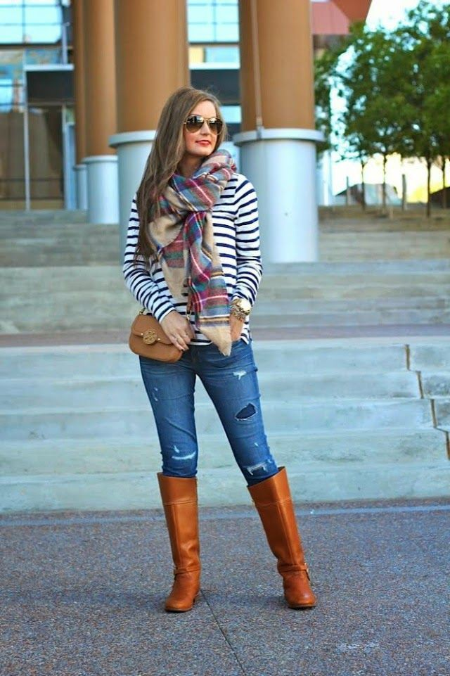 Brown colour outfit ideas 2020 with leggings, shorts, denim