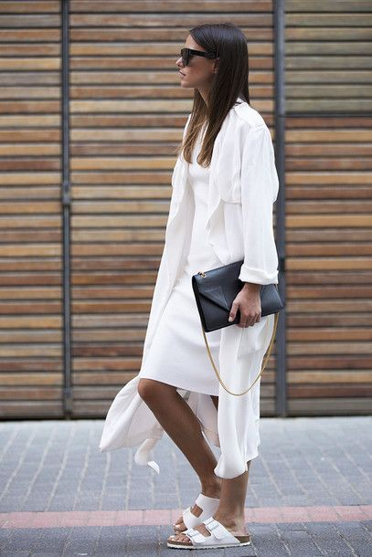 White colour ideas with trench coat, trousers
