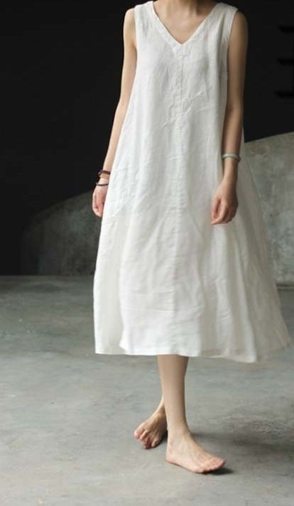 Simple white linen dress, sleeveless shirt, casual wear, day dress, a line