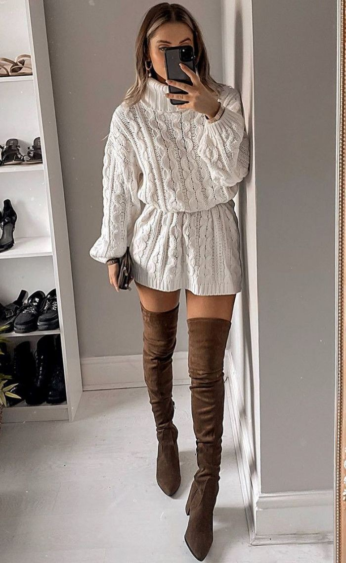 White outfit style with sweater, jeans