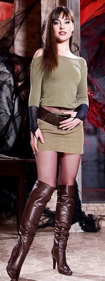 Brown colour outfit, you must try with miniskirt, stocking, leather