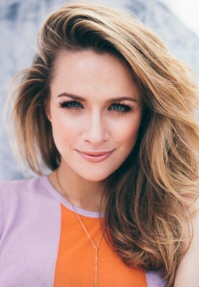 Shantel VanSanten blond hairs, Pretty Face, Haircuts