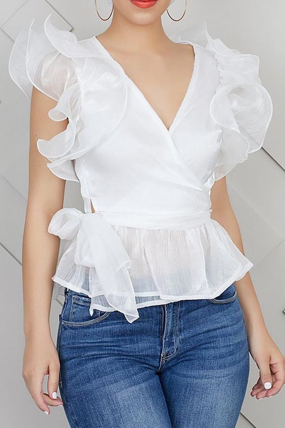 Blusas blancas elegantes