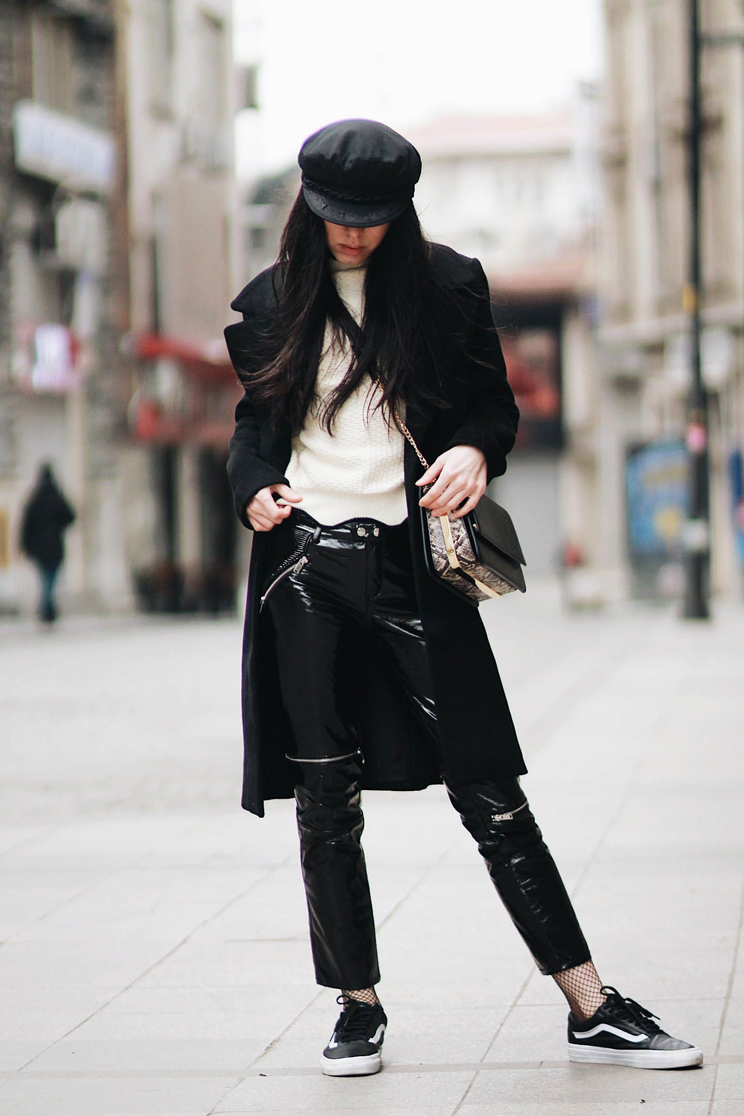 Style outfit leather pants fishnets, patent leather, street fashion, trench coat