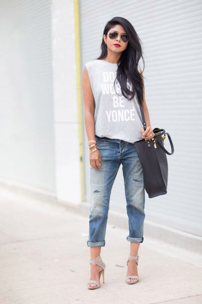 Outfits with baggy jeans wide leg jeans, street fashion