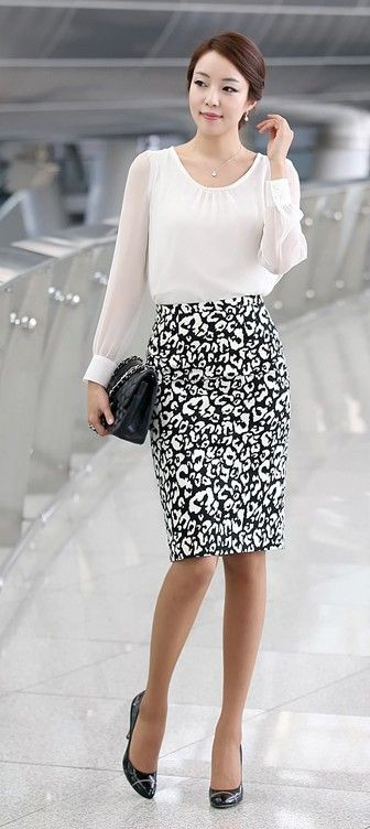 Look para trabalhar formal, cocktail dress, fashion model, pencil skirt, polka dot