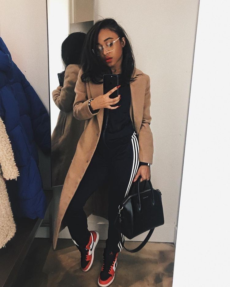Naysha Wiley tights, blazer, jeans matching ideas for girls