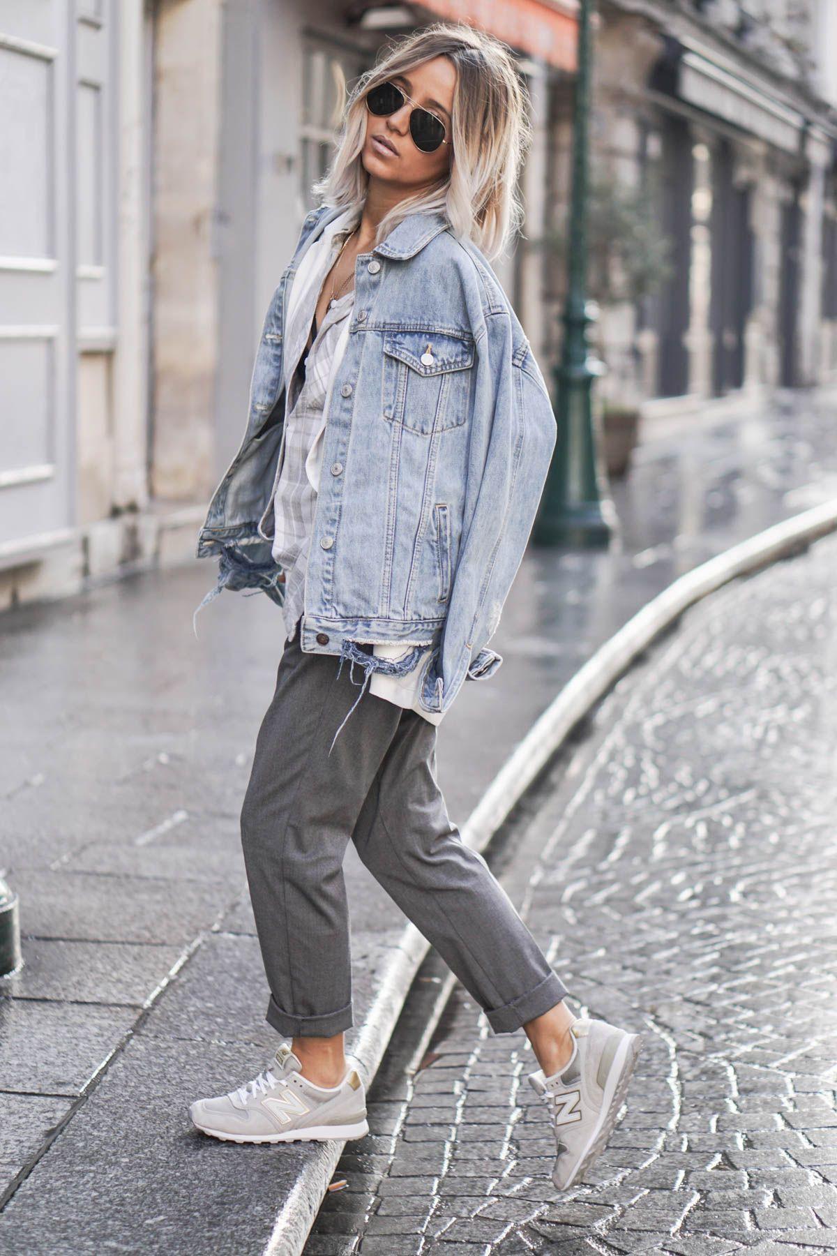 Oversized denim jacket outfit, street fashion, casual wear, jean jacket, t shirt