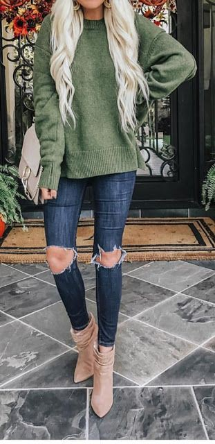 Colour outfit, you must try with jean jacket, leggings, denim