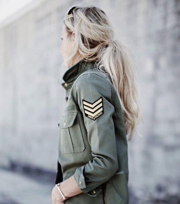 Chemise militaire beige pour femme