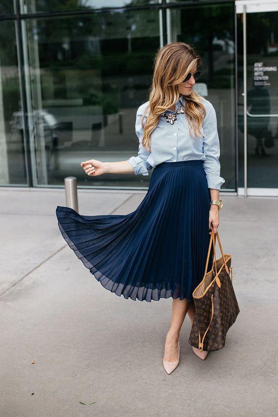 Chiffon pleated midi skirt outfit