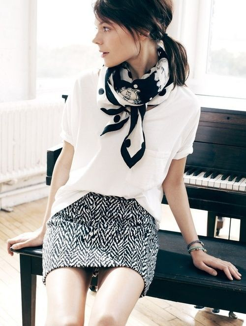 Black and white colour ideas with sweater