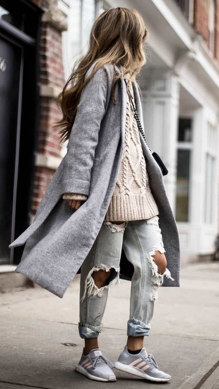 Outfit instagram with overcoat, jeans, coat
