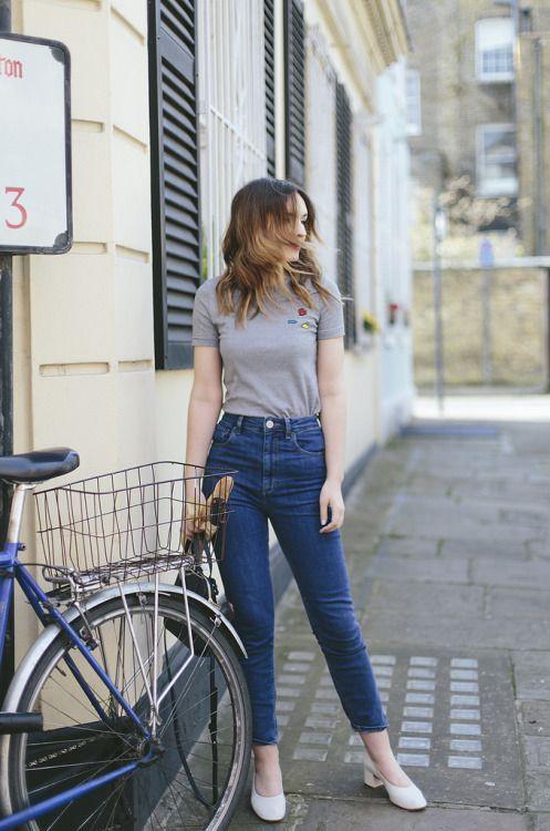 Electric blue and cobalt blue colour ideas with jeans, denim
