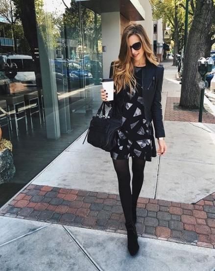 Black outfit instagram with miniskirt, pantyhose, stocking
