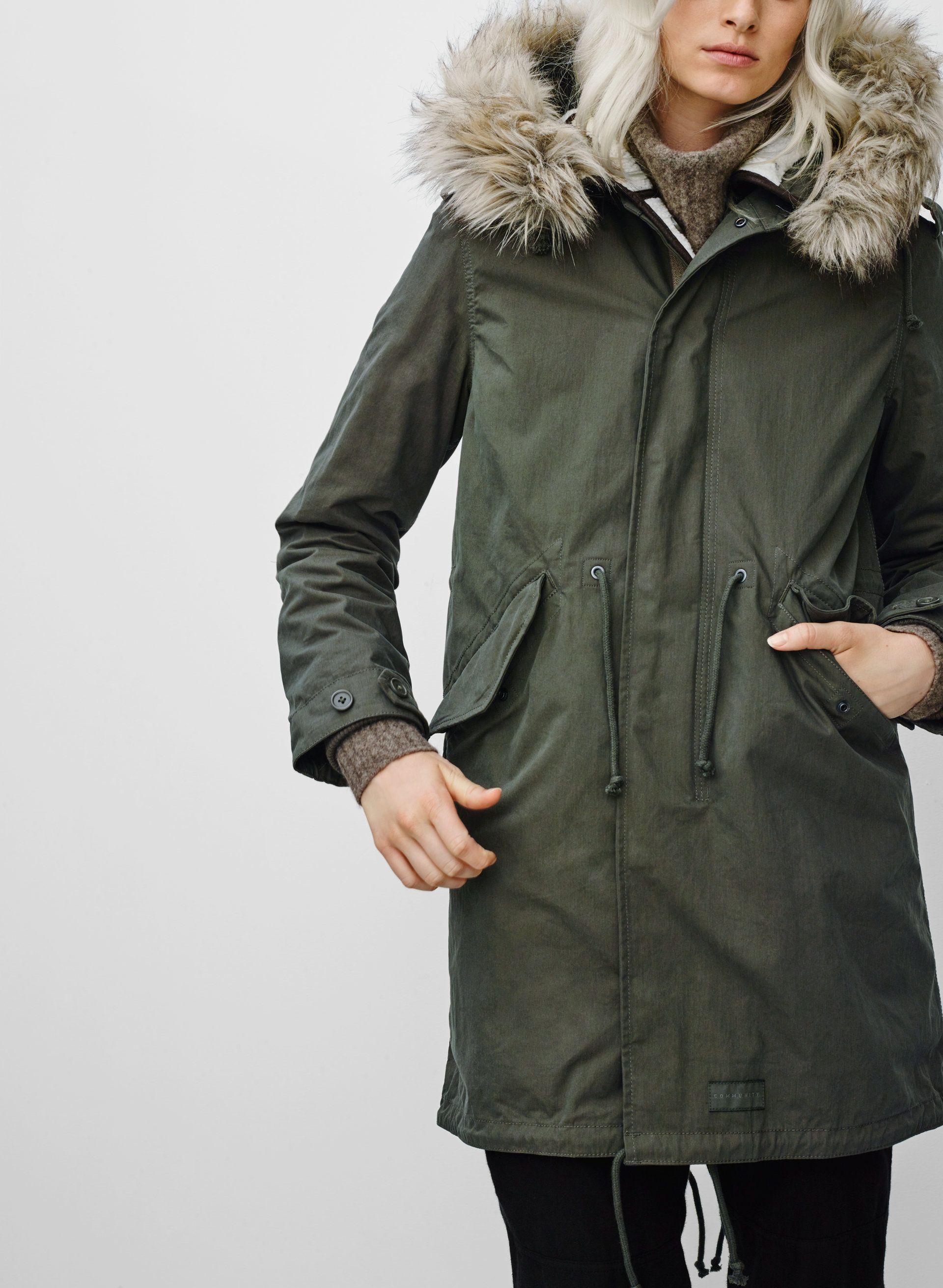 Community autonomy parka green, fur clothing