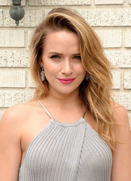 Shantel VanSanten blond hairs, Lip Makeup, Long Hairstyle Ideas