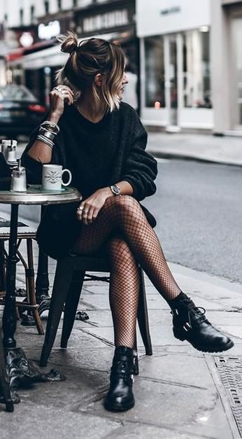 Colour outfit ideas 2020 chic black outfits little black dress, street fashion