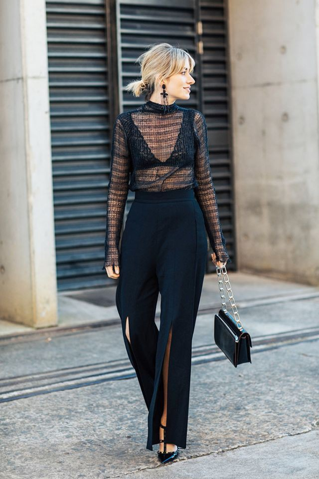 Bralette con camisa transparente see through clothing, street fashion