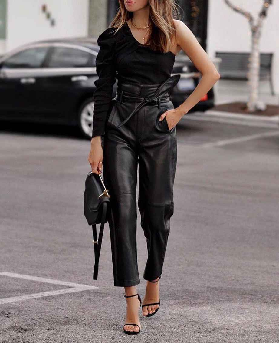 Black colour outfit, you must try with dress shirt, leggings, trousers