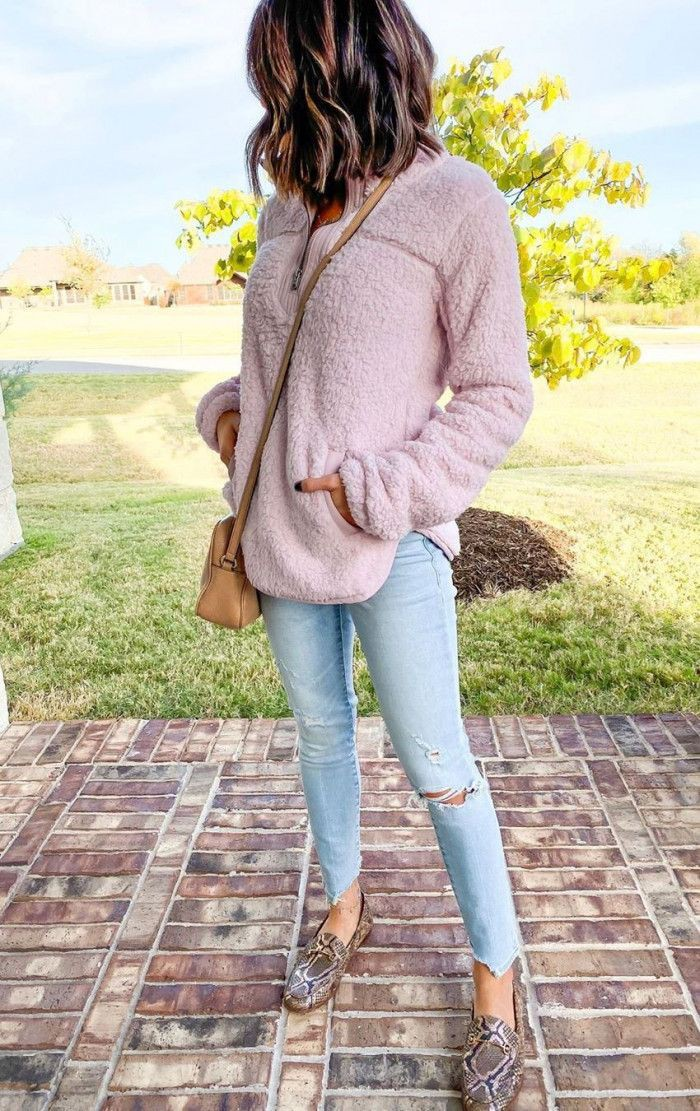 Yellow and pink style outfit with leggings, blazer, denim