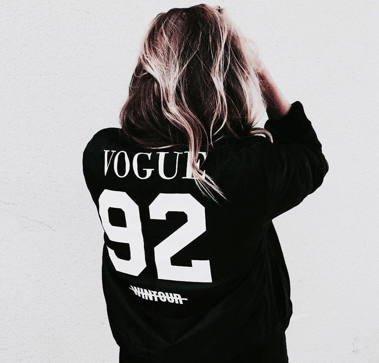 Black cute outfit ideas with hoodie