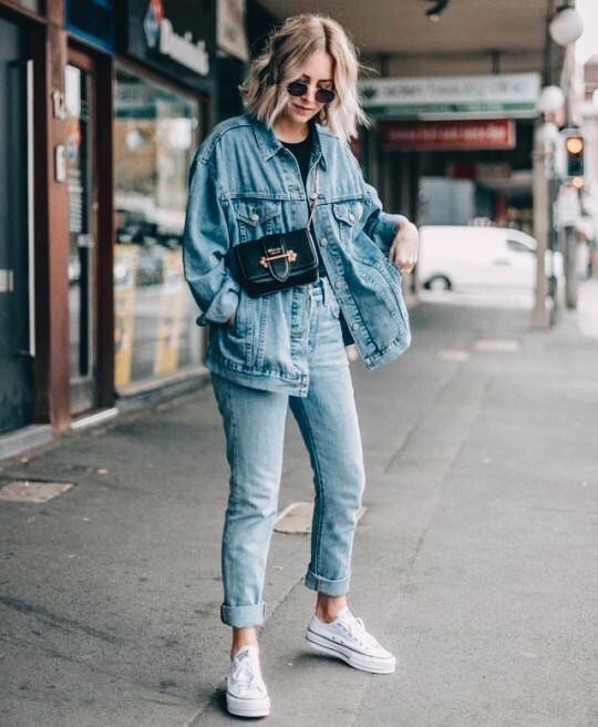 Oversized denim jacket outfit ideas