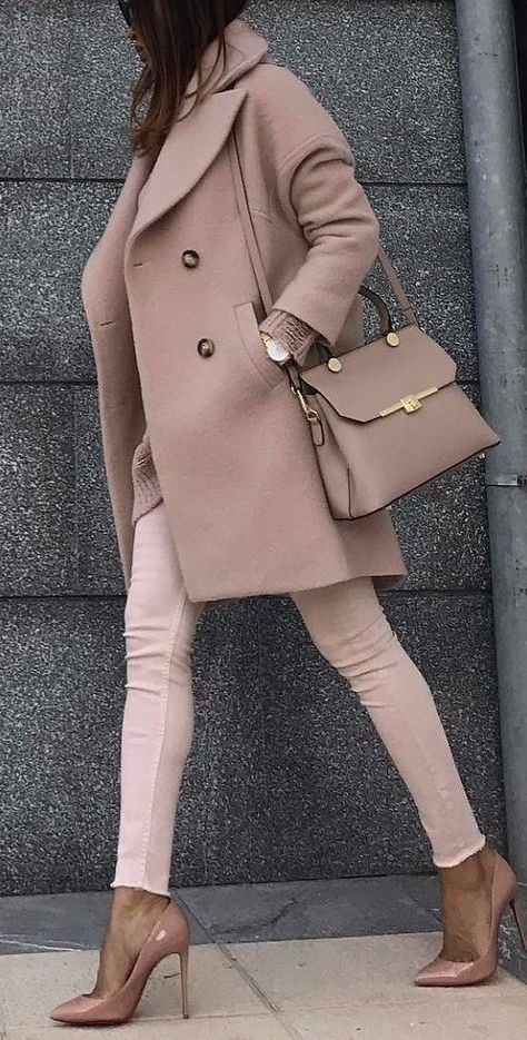 Beige and brown outfit ideas with trench coat, coat, bolsos para mujeres