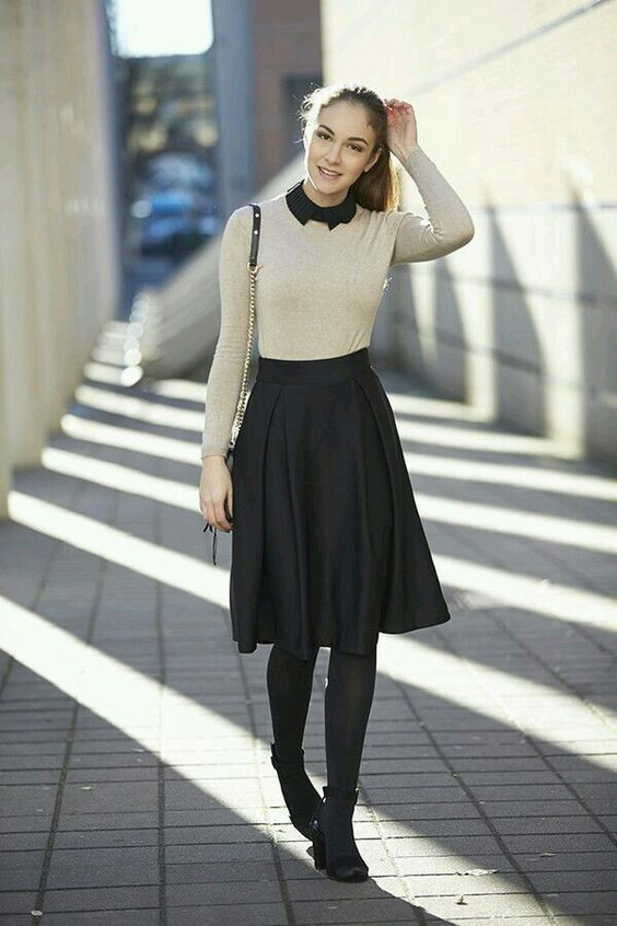 Black and white colour outfit ideas 2020 with workwear, sweater, tights