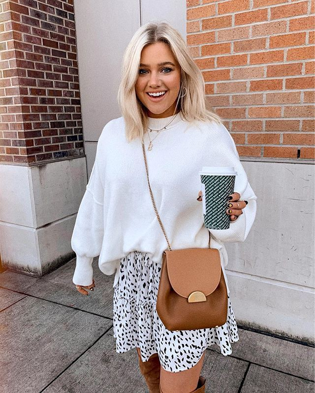 White colour outfit ideas 2020 with black and white, street fashion