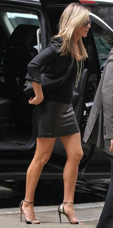 Jennifer aniston tight skirts little black dress, were the millers